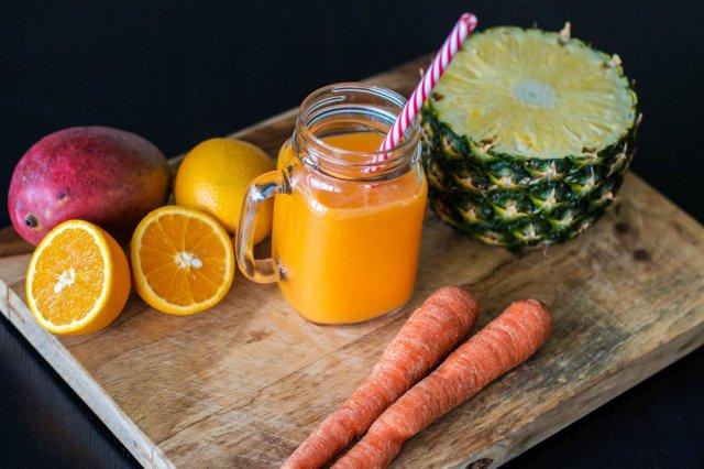jugo naranja ananá para agujetas